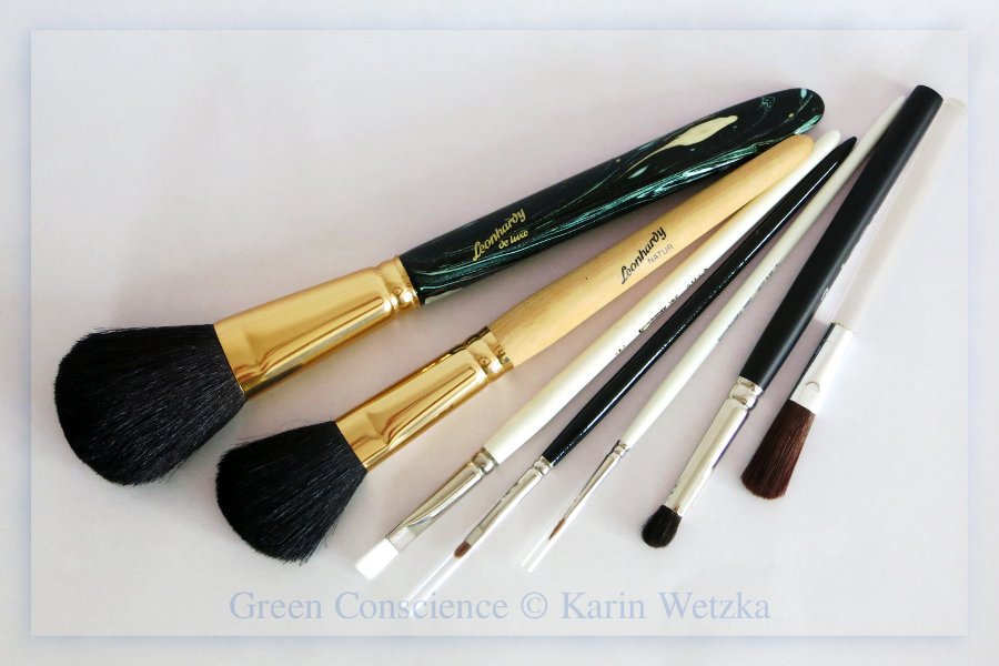 Give-away #4: Leonhardy Brushes